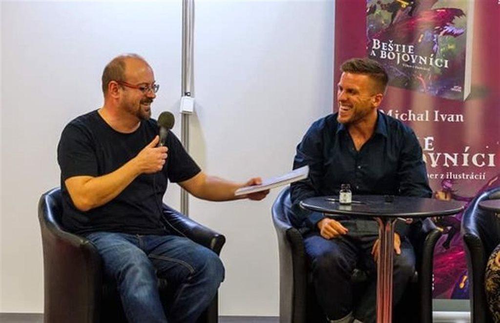 Juraj Èervenák a ilustrátor Michal Ivan