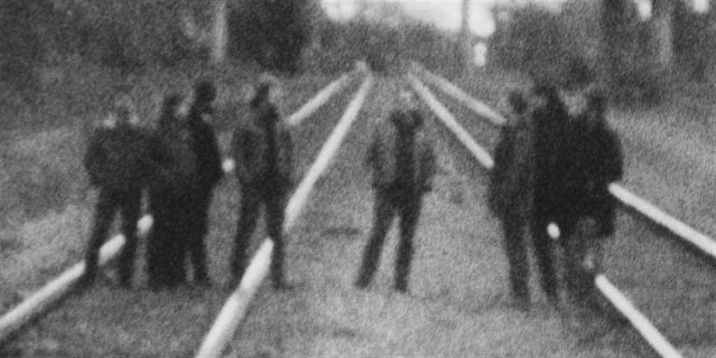 GODSPEED YOU! BLACK EMPEROR - G_d's Pee AT STATE'S END!