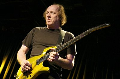 ADRIAN BELEW POWER TRIO - e