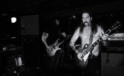 HIGH ON FIRE a MÖBIUS - Tøi, dva, jedna .... Válcujem!