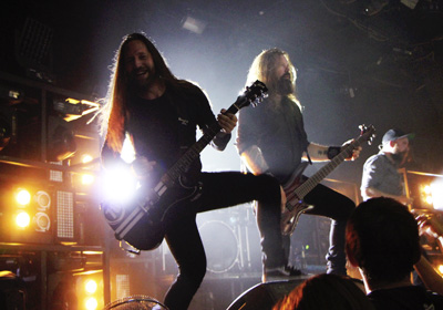 IN FLAMES, WOVENWAR, WHILE SHE SLEEPS - Praha, Roxy - 29. záøí 2014