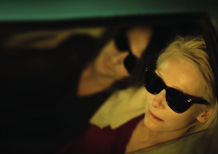 ONLY LOVERS LEFT ALIVE - Magick� premena Jima Jarmuscha